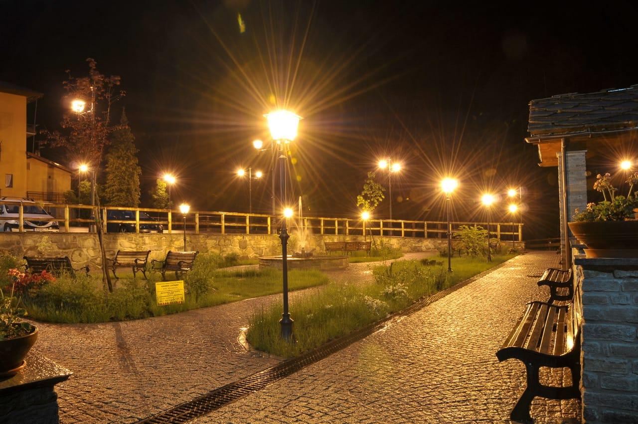 """Caroccia: """"Illuminazione pubblica, impianti accesi a Fiumicino e Focene"""" - Te..."""