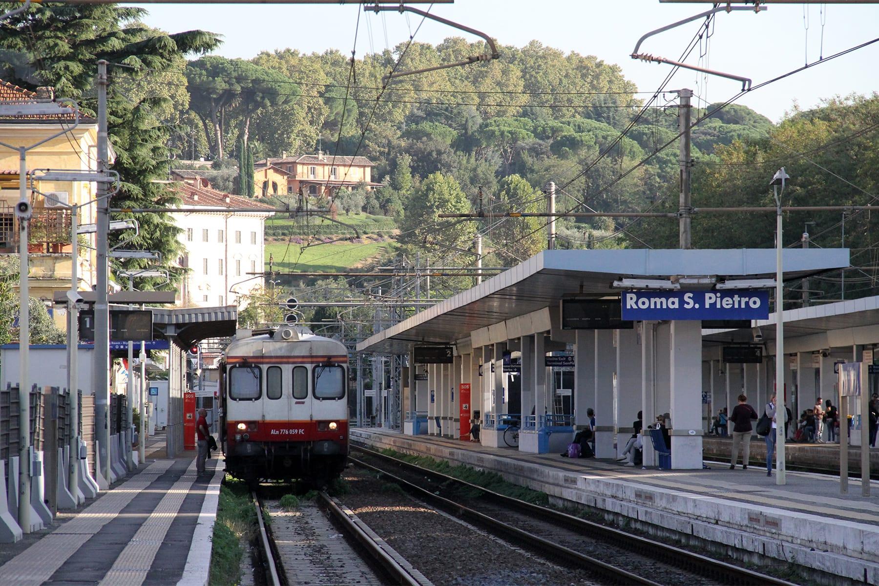 Fl5, a San Pietro si scende solo dalle prime cinque carrozze