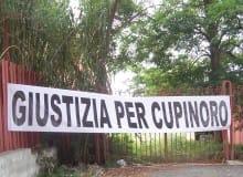 Lo striscione Giustizia per Cupinoro