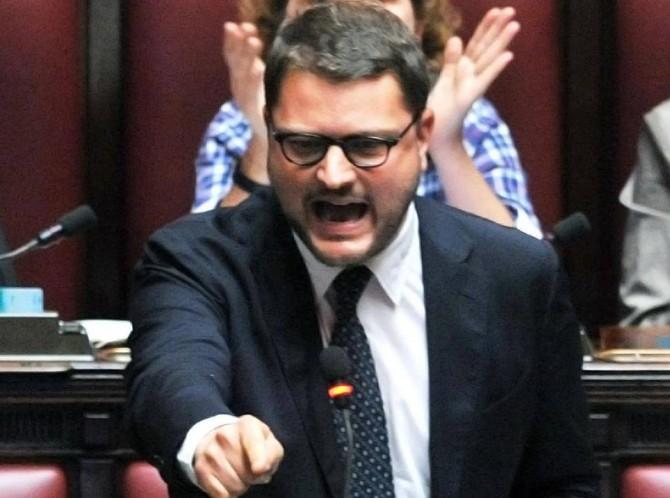 Blog Grillo: denunceremo Alfano e Marino per il funerale show di Casamonica
