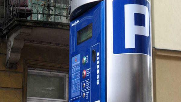 Parcheggi a pagamento: perché non attivare il servizio on line utilizzato per i biglietti dei mezzi?