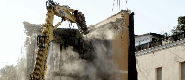Palazzo crollato a Ponte Milvio, al via la demolizione