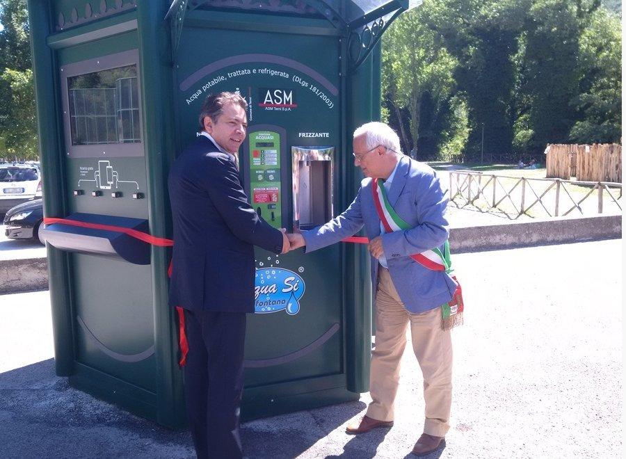 In Umbria arrivano le casette dell'acqua AcquaSì per cittadini, turisti e visitatori