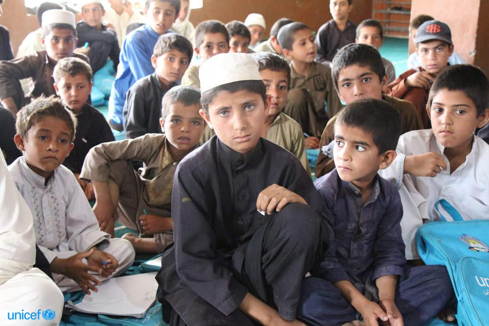Istruzione: nel mondo 123 milioni di bambini fuori dalla scuola, in 10 anni quasi nessun progresso