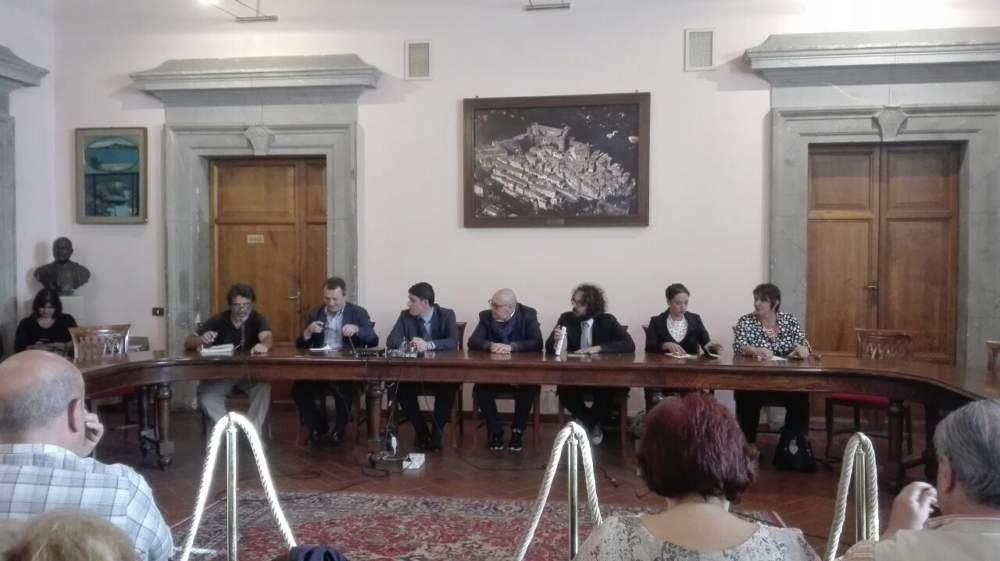 Comitati e istituzioni unite per dire no all'impianto a Cupinoro