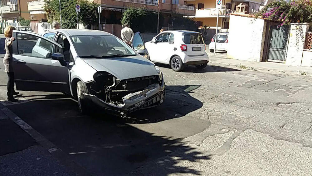 Ladispoli, incidente in via nettuno