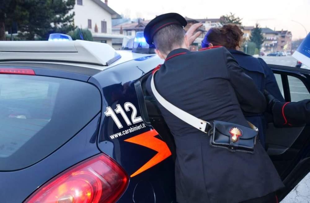 Picchia marito e suocera: donna arrestata a Fiumicino dai Carabinieri