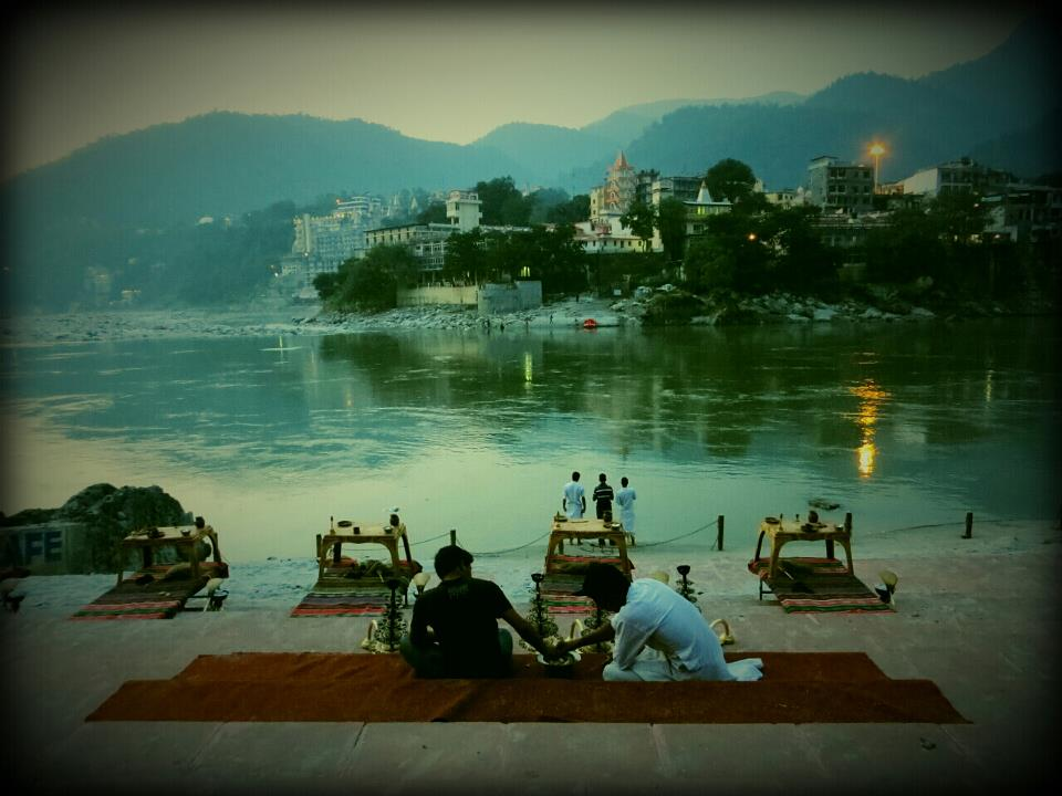Racconti indiani 2. Rishikesh: il Gange, lo yoga e la purificazione ayurveda