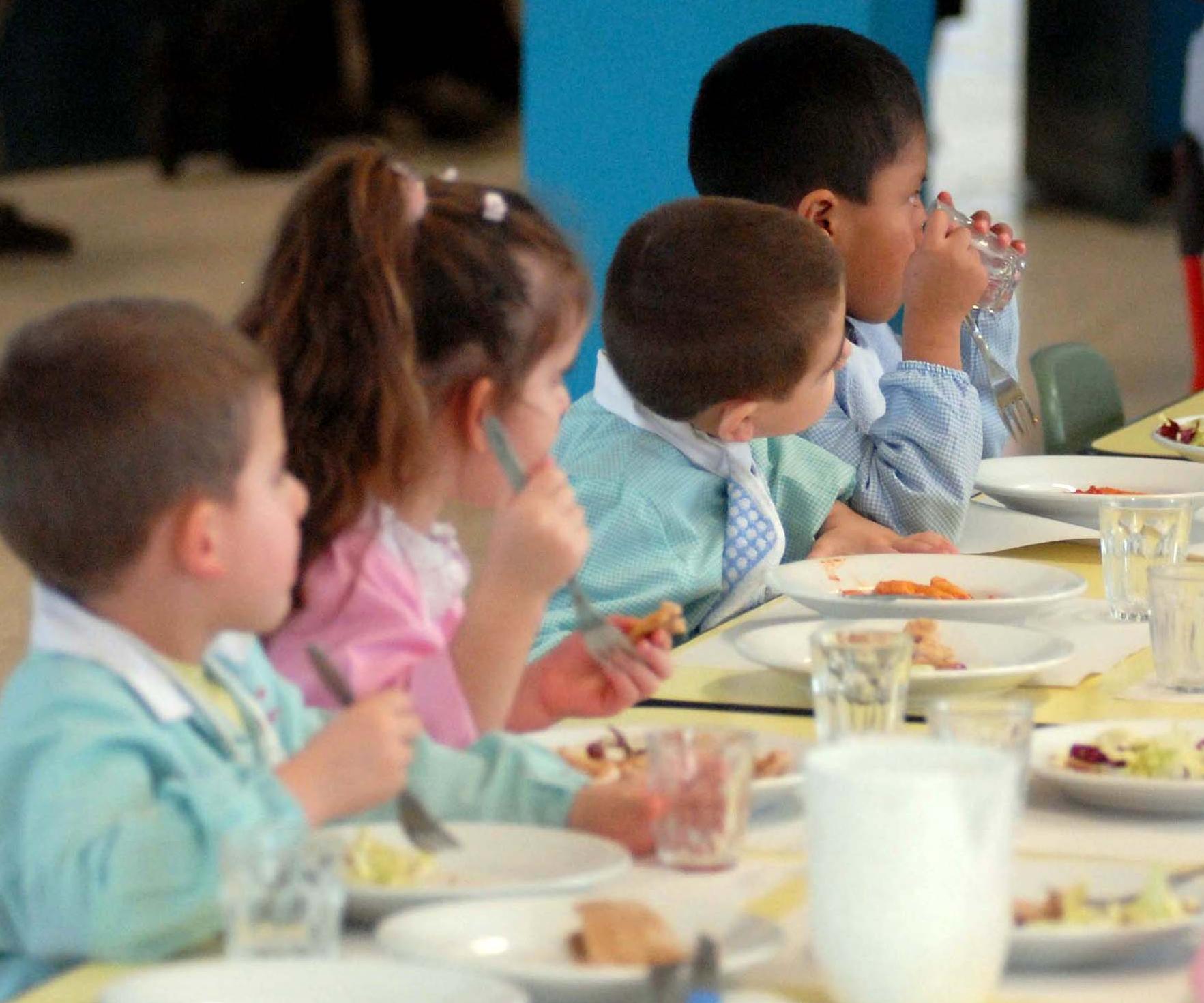 Ladispoli, aperte le iscrizioni per la mensa scolastica