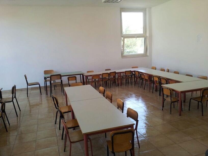"""Fiumicino, merendine scadute a scuola. Calicchio: """"Errore delle maestre"""""""