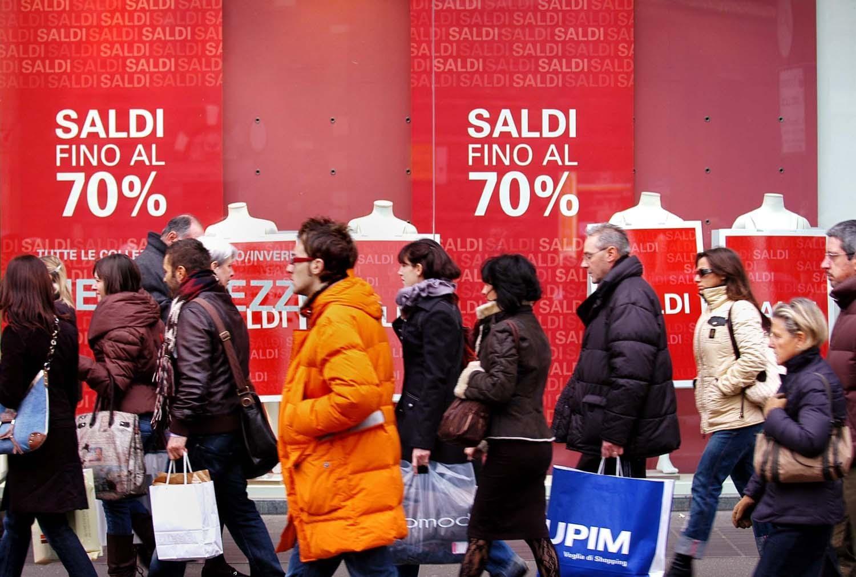 Da oggi 5 gennaio iniziano i saldi nel Lazio