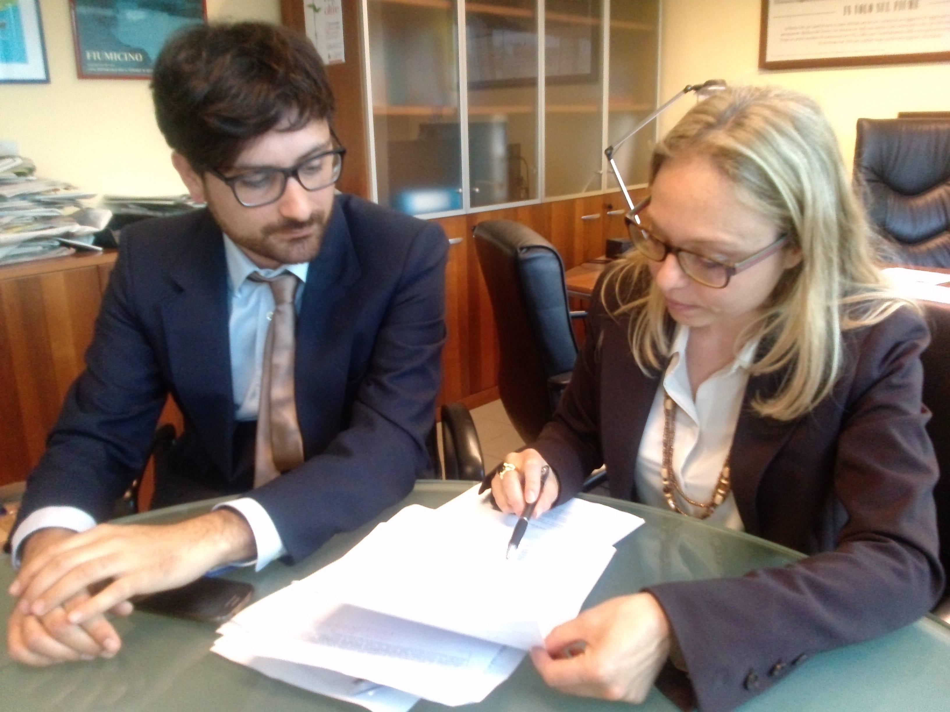 """Fiumicino, Petrillo e Antonelli: """"Approvata mozione in consiglio su piano antenne"""""""