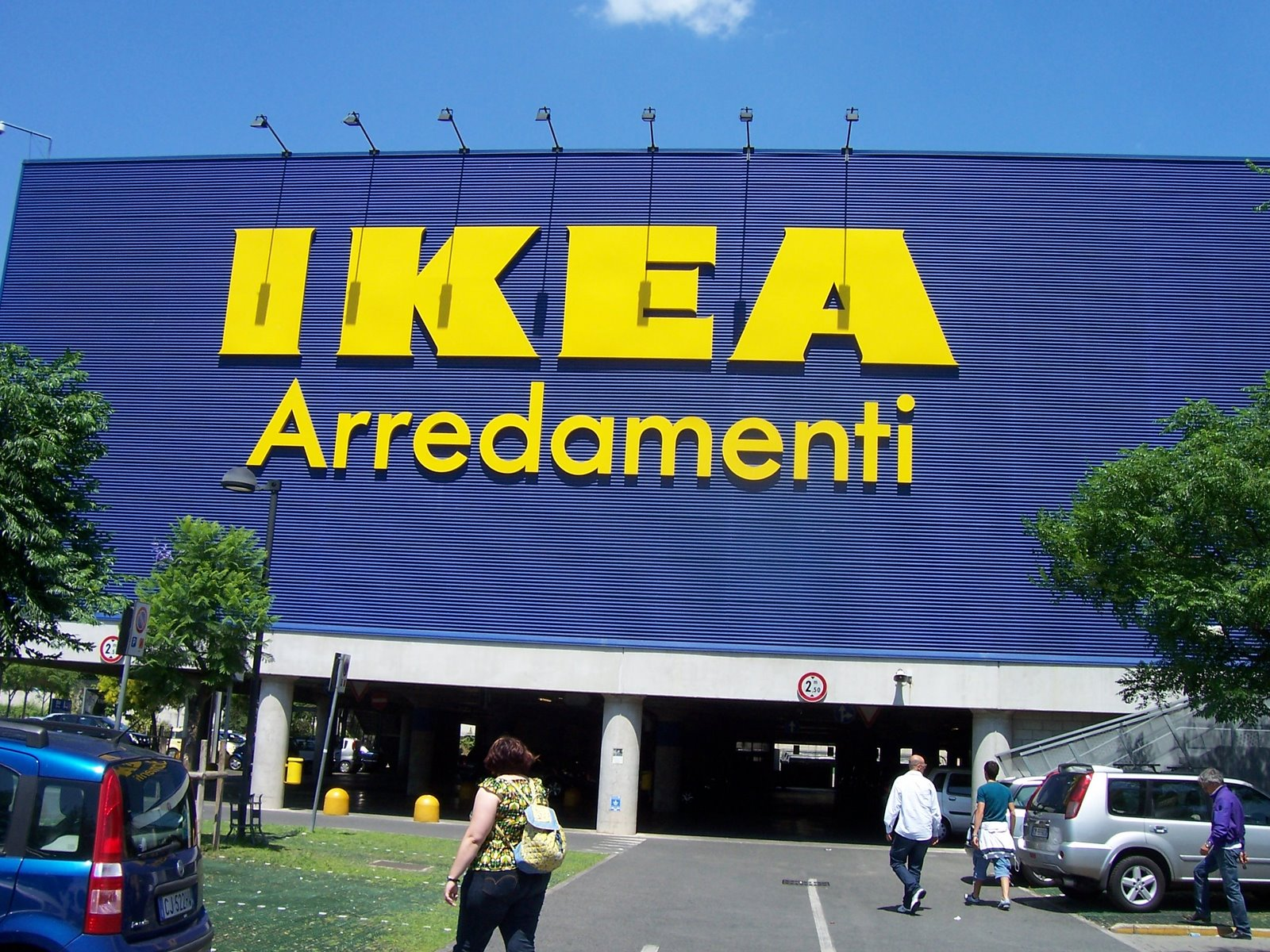 Scioperano I Dipendenti Ikea Di Anagnina E Porta Di Roma Per La