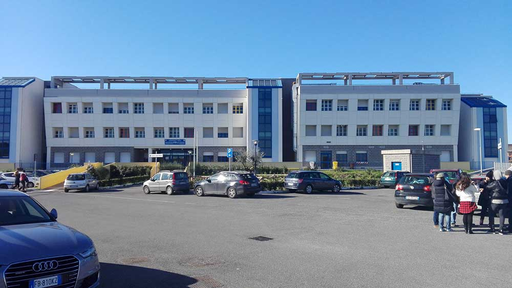 Alberghiero di Ladispoli senza aule si appella ai presidi delle scuole di Bracciano
