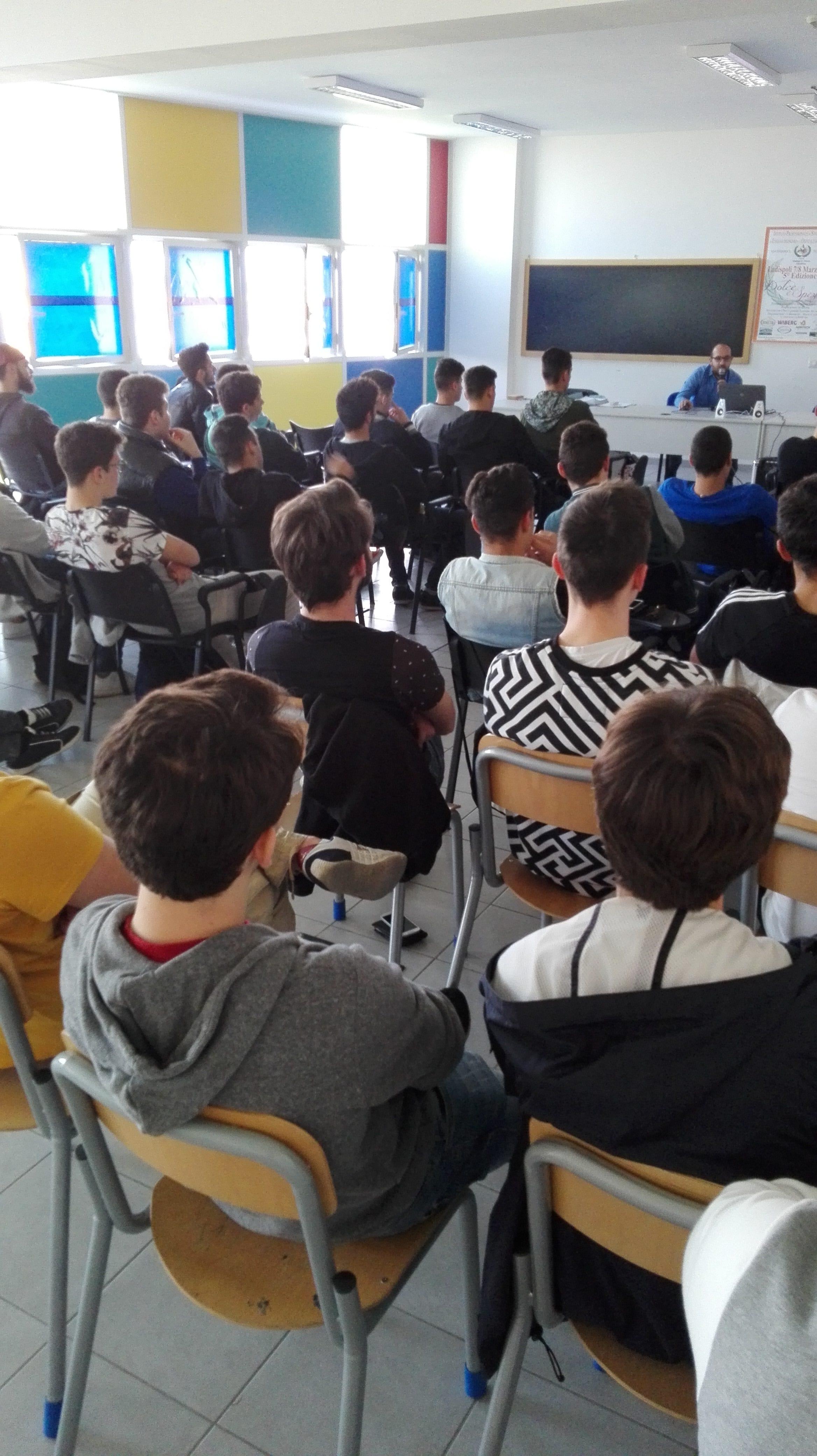 Ladispoli, Educazione alla salute: all'Istituto Alberghiero lezione dedicata alla prevenzione andrologica