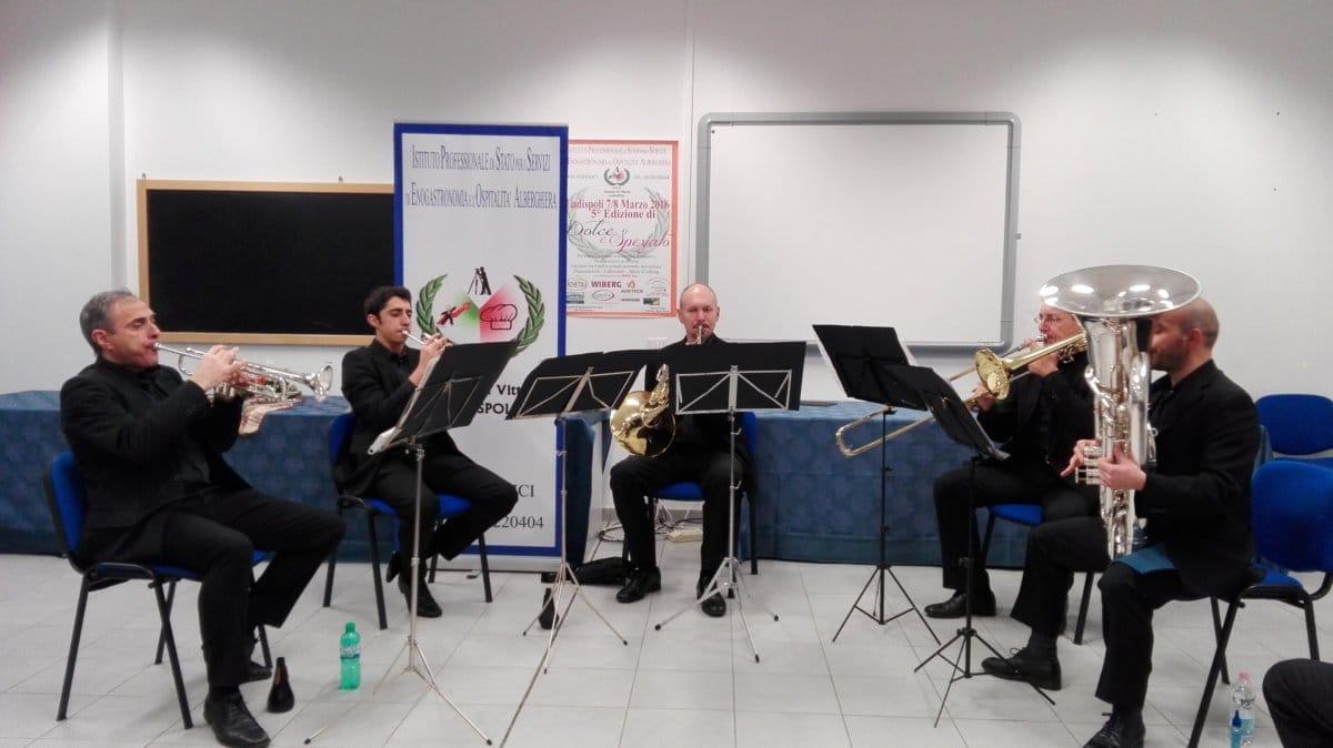 Ancora grande musica all'istituto alberghiero di Ladispoli