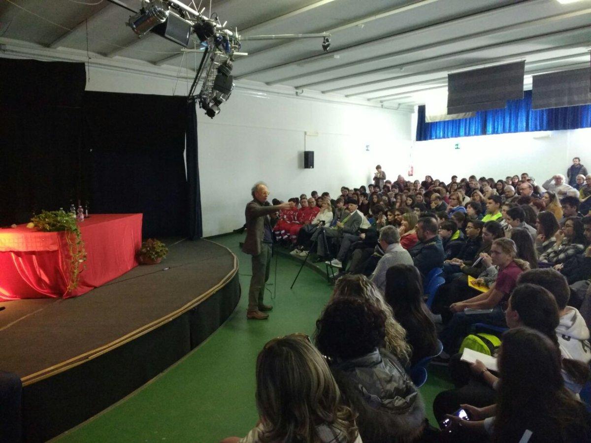 Cerveteri, intervista all'ex magistrato Gherardo Colombo: oltre 300 gli studenti oggi al Mattei
