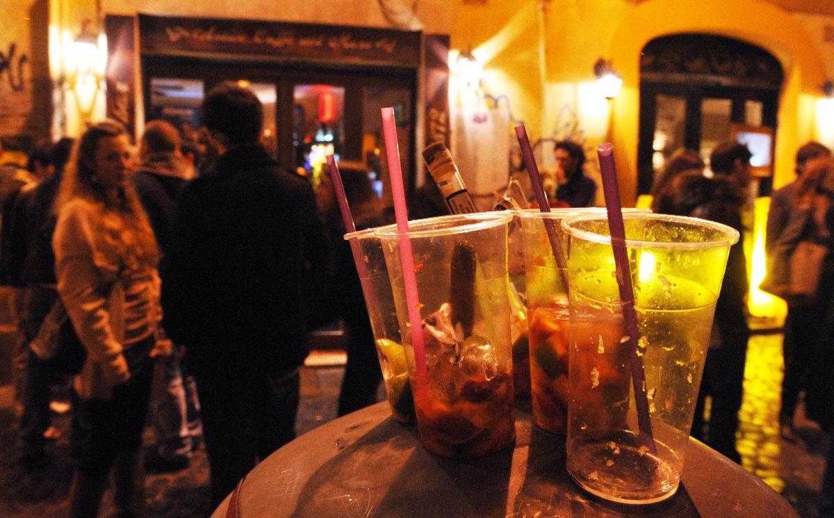 Niente alcool in vetro durante l'Air Show di Ladispoli
