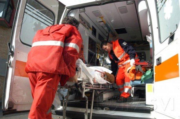 Pedone investito da un'ambulanza su viale Italia a Ladispoli