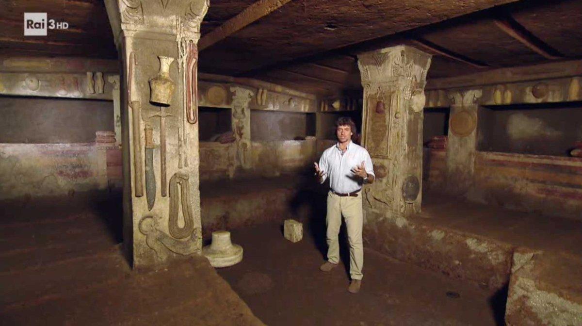 Cerveteri, torna Alberto Angela alla necropoli etrusca per un nuovo programma sulle meraviglie Unesco