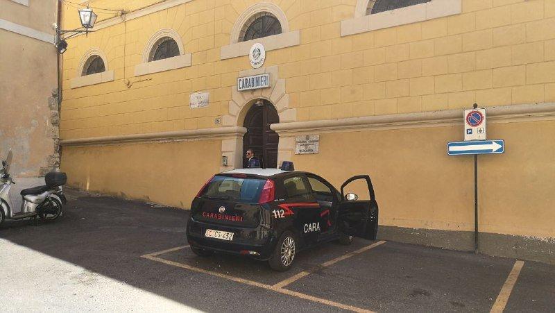 Tarquinia, i carabinieri pizzicano i ladri dei parcometri di Siena