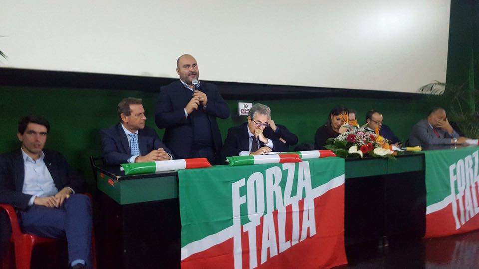 """Rifiuti, Palozzi (Fi): """"Città Metro non è la pattumiera di Roma"""""""