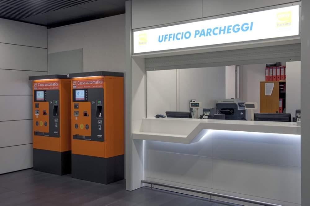Fiumicino, presi i ladri delle casse automatiche dei parcheggi aeroportuali