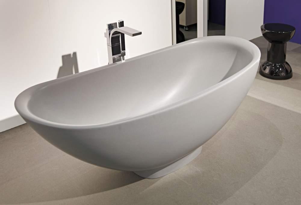 Le dogane di civitavecchia sequestrano vasche da bagno - Bagno roma marinella di sarzana ...