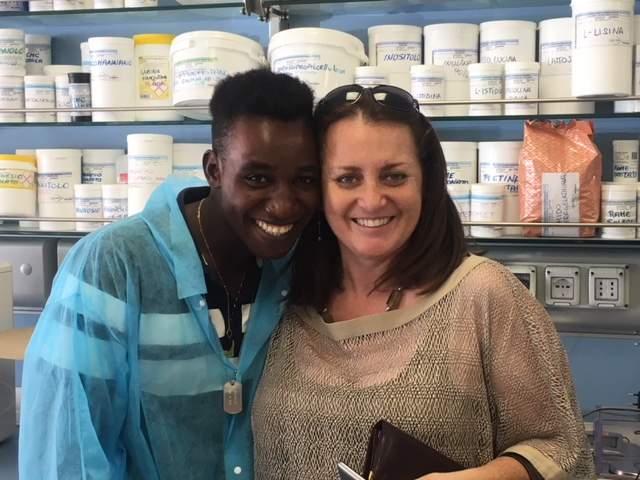 Da migrante a farmaceutico: la storia di Lamine, partito dal Gambia e approdato alla Lentini Lab