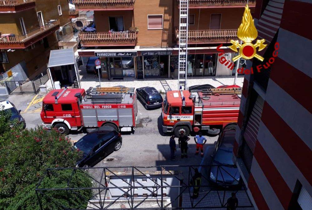 Ladispoli, incendio in appartamento a via Livorno: muore il proprietario