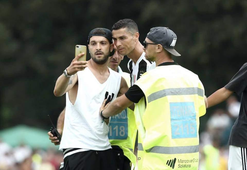 """Santa Marinella, Salvatore Papale e il selfie con Cristiano Ronaldo: """"Stregato da Cr7"""""""