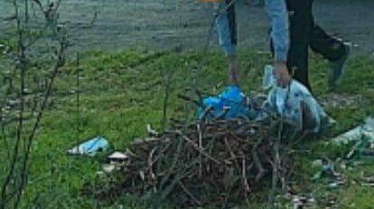 Civitavecchia, beccati dieci zozzoni che abbandonano rifiuti