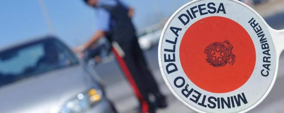 Pirata della strada 87enne fermato dai carabinieri: aveva provocato un tamponamento