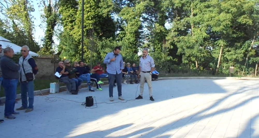 """Anguillara, l'associazione """"Diritti Cittadinanza del Lago"""" scende in piazza"""