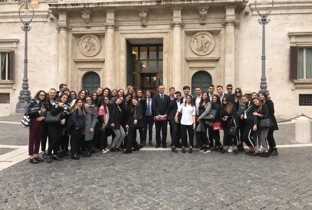 Record di partecipazione per il progetto A scuola di Parlamento del deputato Alessandro Battilocchio