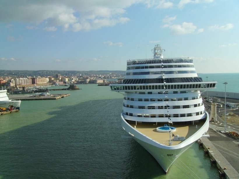 """Porto Civitavecchia, Tarantino e Crocicchia: """"Servono migliorie tangibili per il Terminal Autostrade del mare"""""""