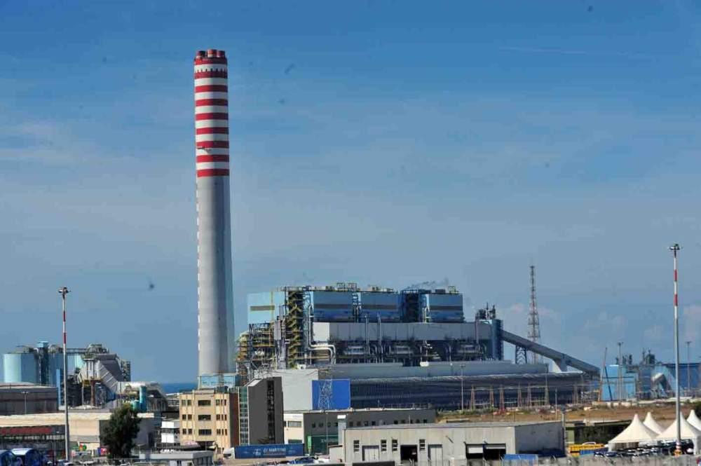 Fridays for Future Civitavecchia chiede chiusura centrale Enel entro il 2025