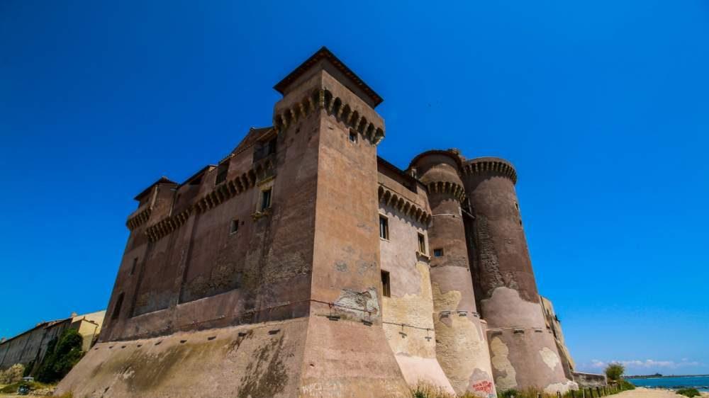 Santa Severa, al Castello appuntamento con Arte Expo