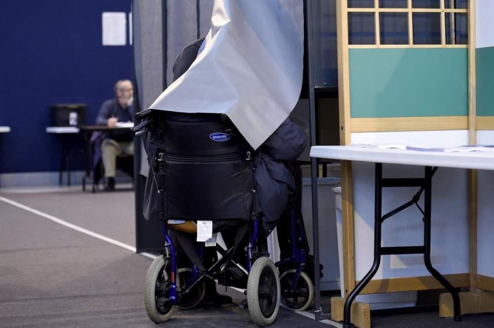 Ladispoli, trasporto gratis verso i seggi elettorali per i disabili