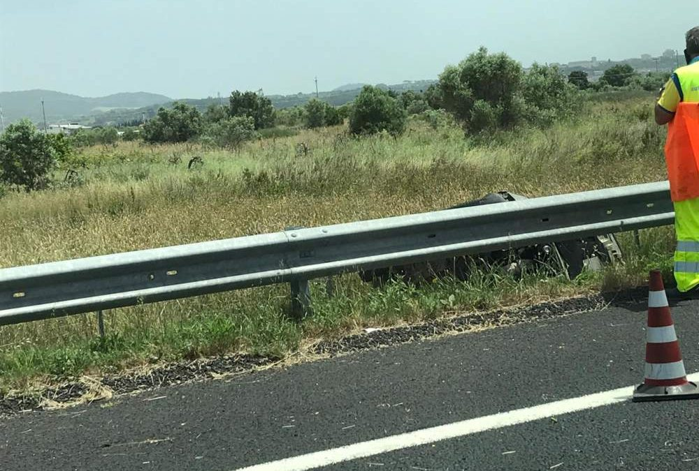 Grave incidente sulla A12 nei pressi di Cerveteri: in arrivo eliambulanza