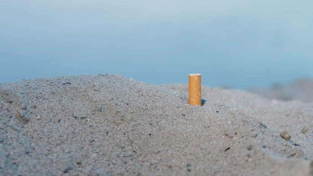 """Montalto, Caci controcorrente: """"Ecco perché dico no al divieto di fumo in spiaggia"""""""