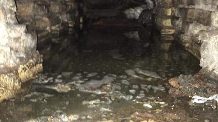 Fiumicino: liquami a cielo aperto agli alloggi Ater, la denuncia dell'Unione Inquilini