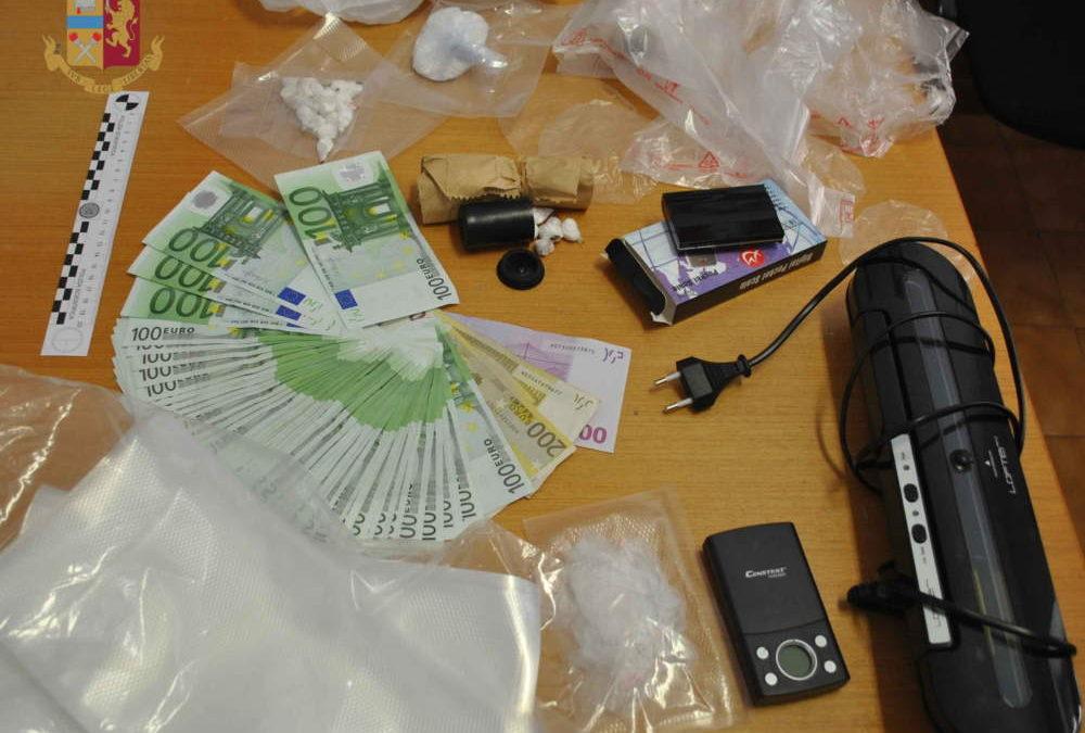Coca in casa, arrestato dalla Polizia un 33enne a Santa Marinella