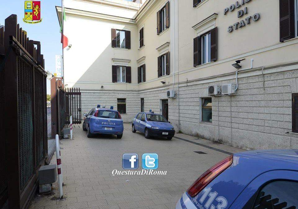 Gira con il bilancino in tasca: denunciato 55enne dalla Polizia a Civitavecchia