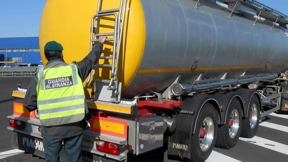 Benzina di contrabbando, La Finanza sequestra un deposito di Bracciano