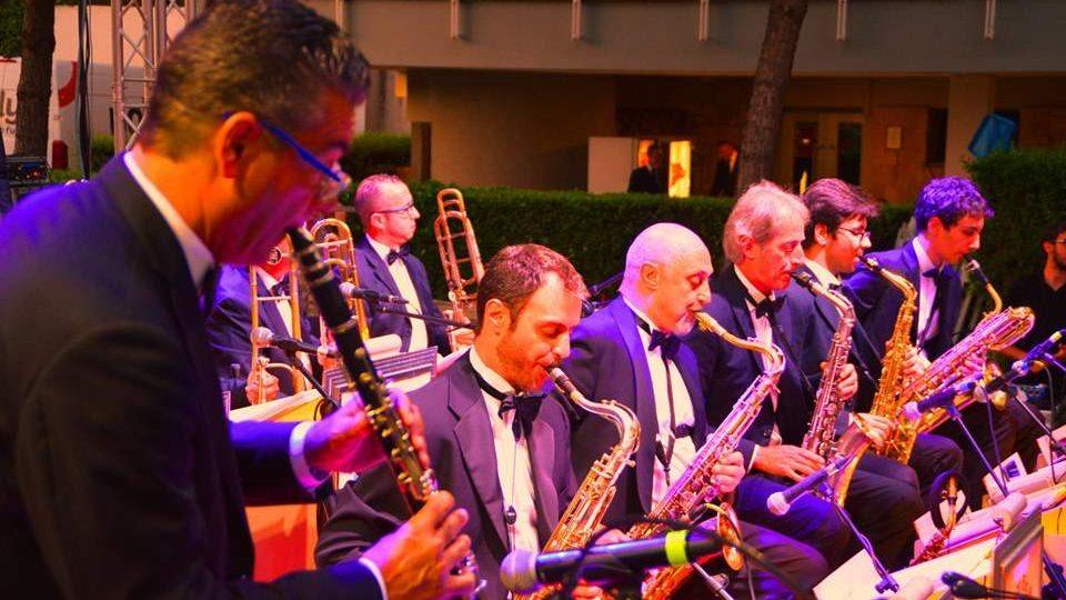 La Moonlight Band del maestro Travagliati incanta il Circolo Canottieri