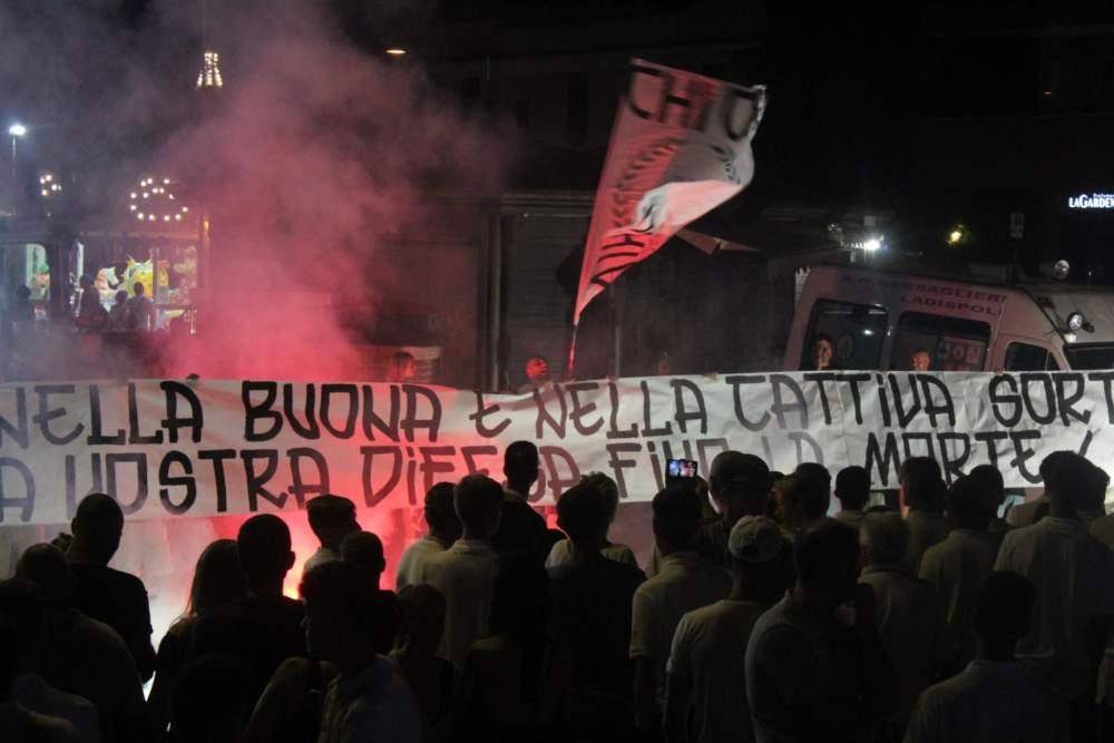 Il Ladispoli cerca i tifosi  ma  servono iniziative più efficaci per fargli sottoscrivere gli abbonamenti
