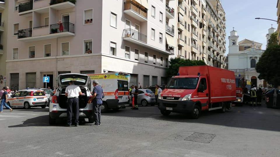 Incidente all'Appio Latino: investiti due pedoni, grave 85enne