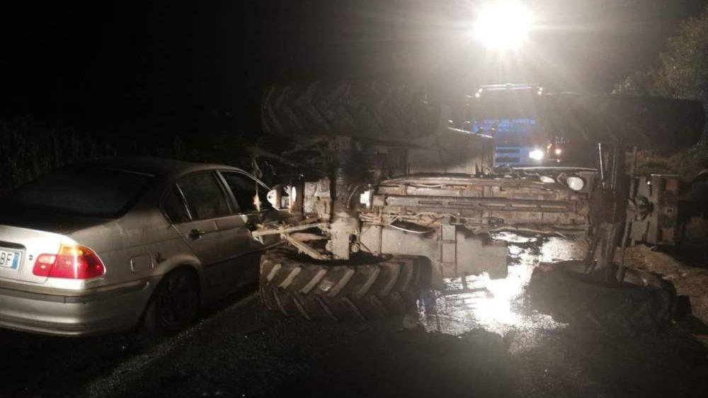 Incidente auto-trattore, tre feriti a Maccarese: il codice rosso trasportato in elicottero