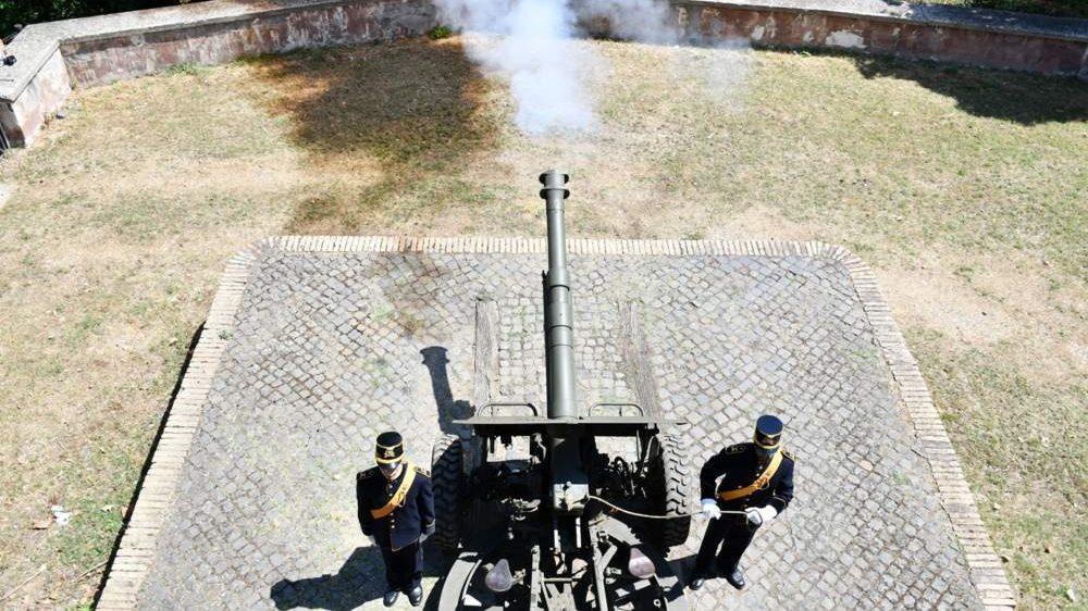 Colpo di cannone del Gianicolo sparato dal Reggimento di Bracciano